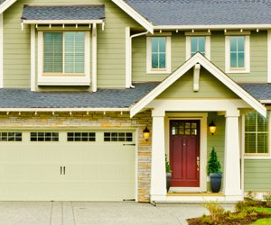 How To Prevent a Garage Door Break-In? Explained by Experts